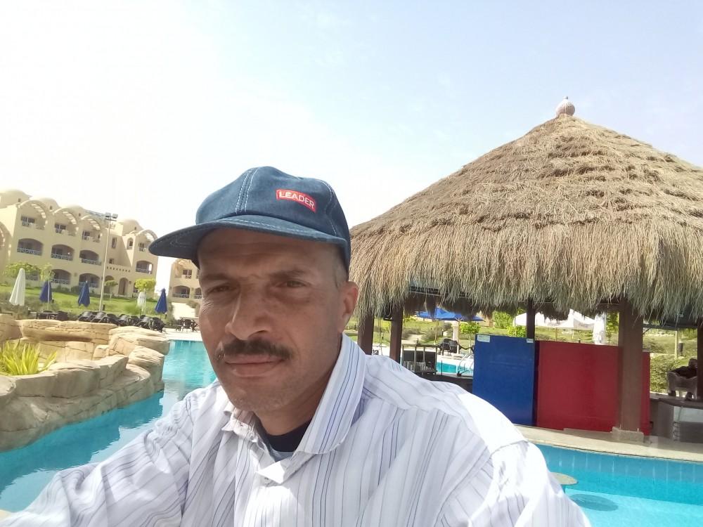 أيمن على عبد الفتاح عبد العليم