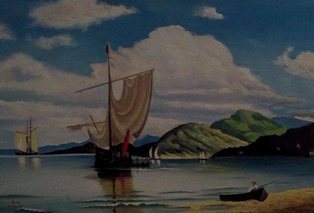 قارب فى بحيرة هادءة