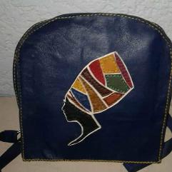 حقيبة تابلت من الجلد الطبيعي