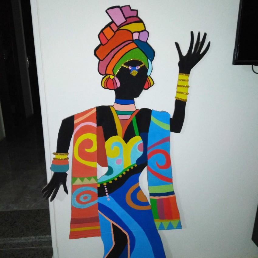 ماكيت لي لي السيدة الأفريقية