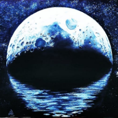 القمر الأزرق 💙