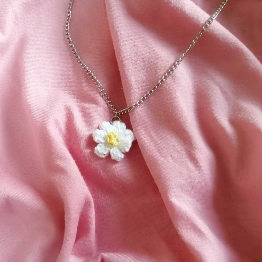 Flower Necklace (Crochet)