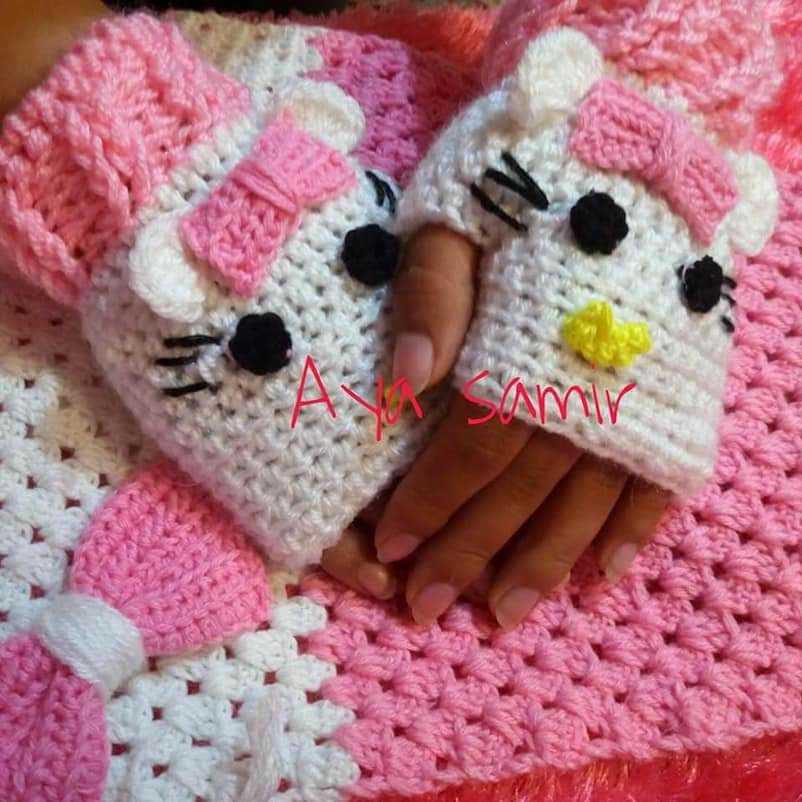 Crochet Kitty Gloves