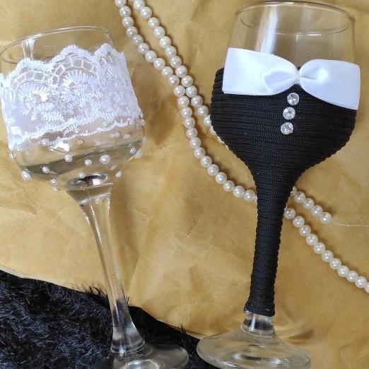 Bride & Groom  Decorated Glasses
