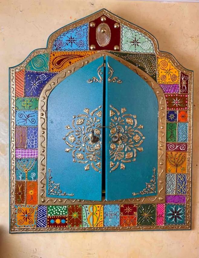 مرآة رسم يدوى بارز زخارف نباتية