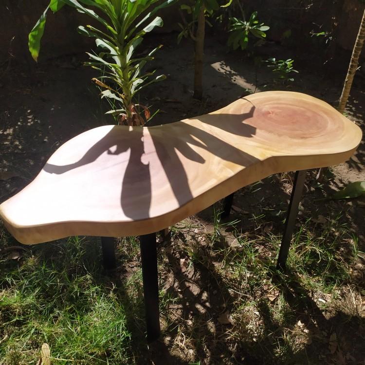 ترابيزة خشب