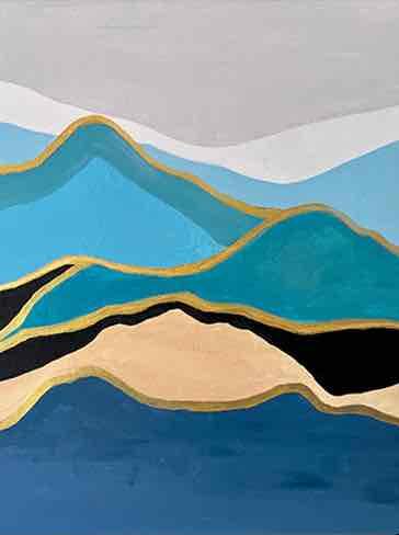 جبل بجوار البحر