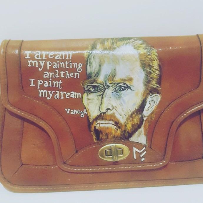 (فان جوخ (رسم على حقيبة يد