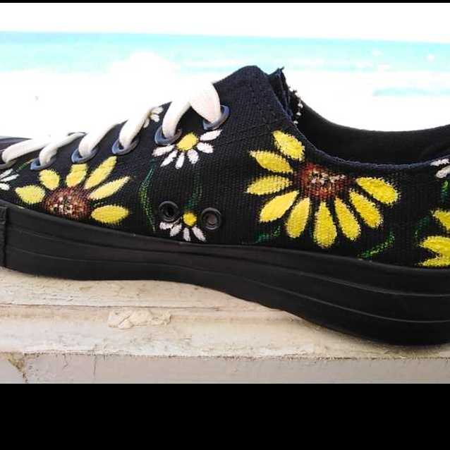 Hand Painting On Shoes